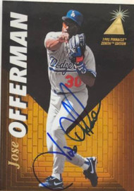 Jose Offerman Autographed 1995 Pinnacle Zenith #58