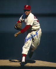 Bobby Shantz Autographed Phillies 8 x 10 Photo
