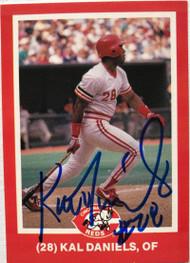 Kal Daniels Autographed 1988 Kahn's Cincinnati Reds #28 ID: 7417