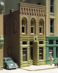 Design Preservation Models (DPM) HO Scale Building/Structure Kit Pam's Pet Shop