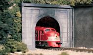 """Woodland Scenics O Scale Concrete Tunnel Portal - 8-3/8 x 9"""""""