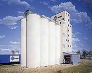 Walthers Cornerstone HO Scale Building/Structure Kit Grain Elevator Add-on Silos