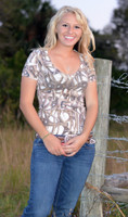 Antler addiction V-Neck Shirt