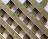 Hemp Fir Treated Diagonal Privacy Lattice