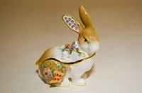 Mr. Serenity Rabbit Box Jewelry Box with Necklace