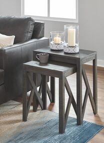Emerdale Gray Accent Table Set (2/CN)