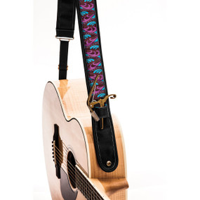 "Kyser Winter K Black Guitar Strap with ""Capo Keeper"", KS1C"