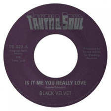 "Black Velvet - Is It Me You Really Love - 7"" Vinyl"