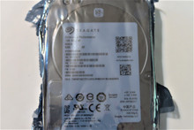 """Seagate ST900MM0068 1FE211-004 FW:ET04 900gb 2.5"""" SAS *New with 0 hours*"""