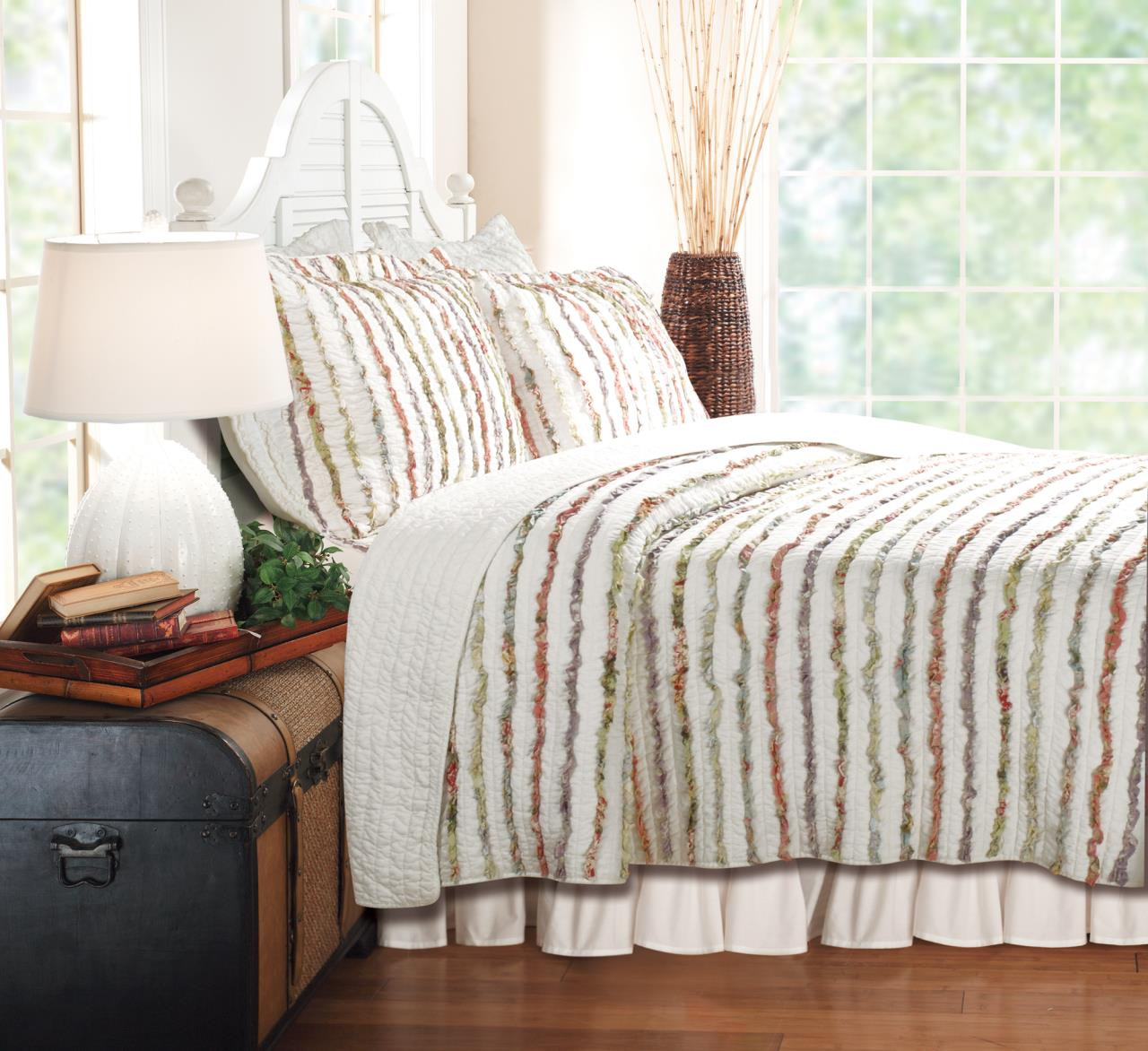 Bella Ruffle Quilt Collection -