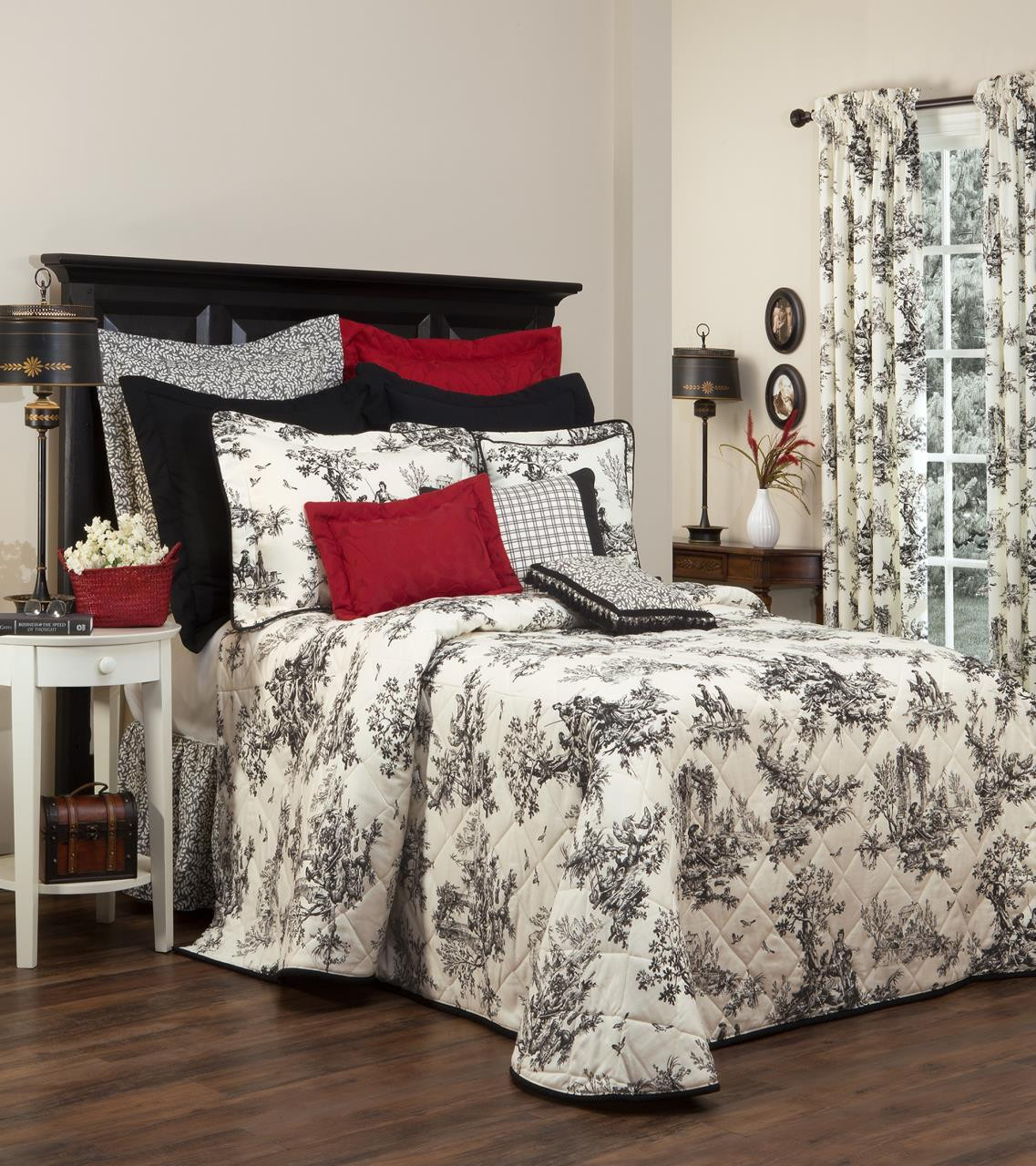 Bouvier  Black Toile Bedding Collection -