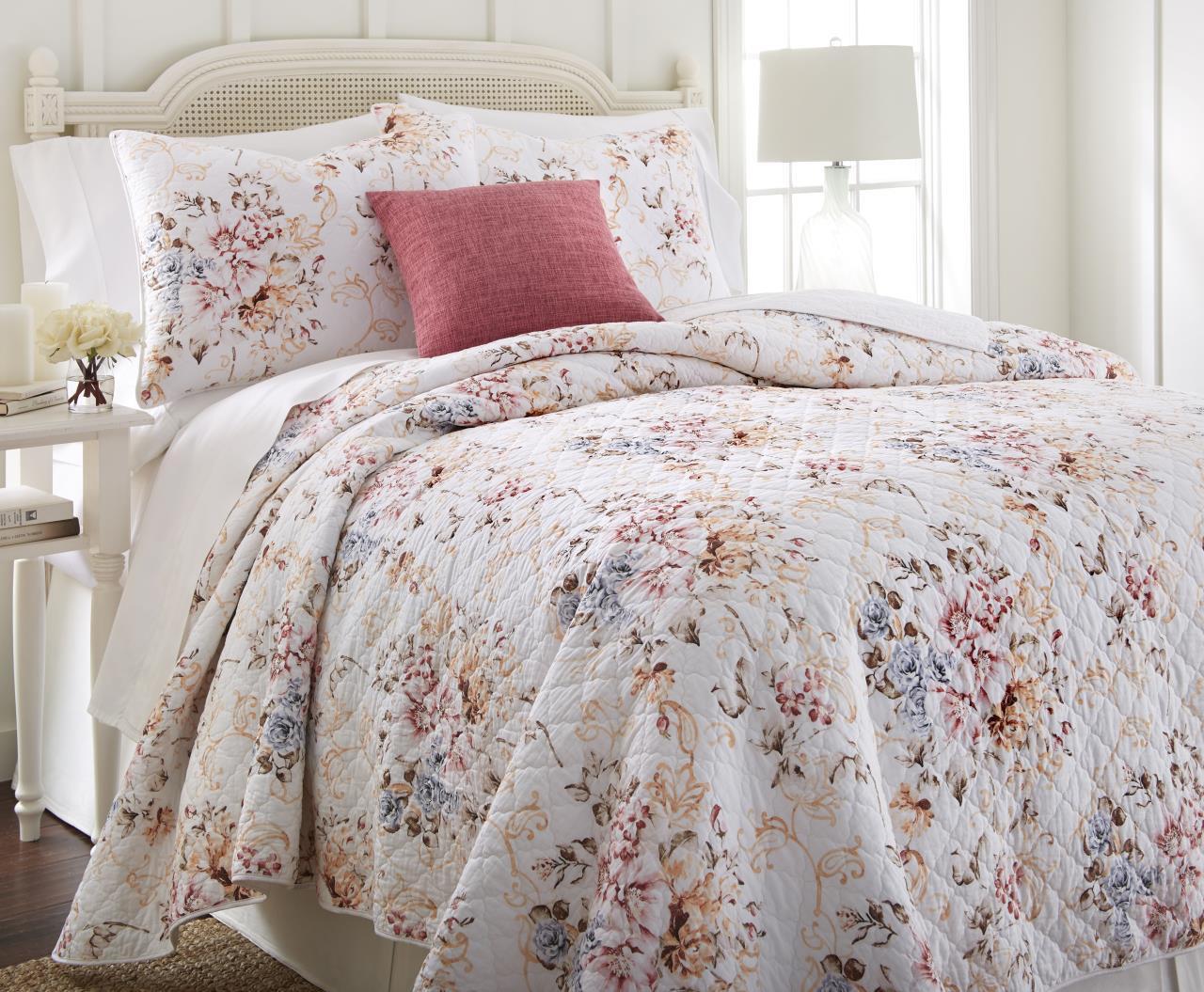 Romance Quilt Collection -
