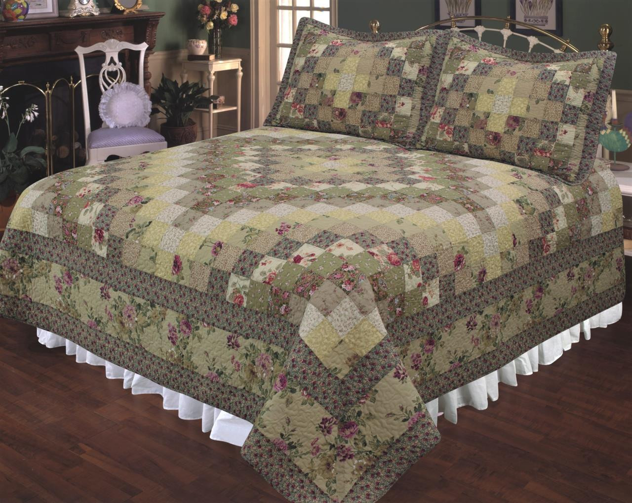 Trip Around the World Floral Quilt Collection -