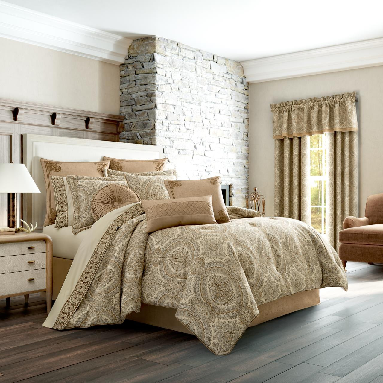 Sardinia Gold Comforter Set By J Queen New York Paul S Home Fashions