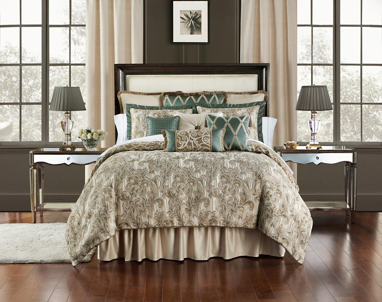 Anora Bedding Collection -