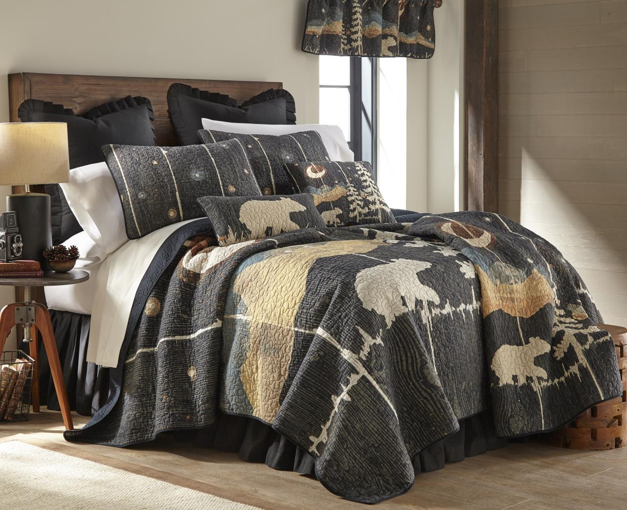 Moonlit Bear Quilt Collection -