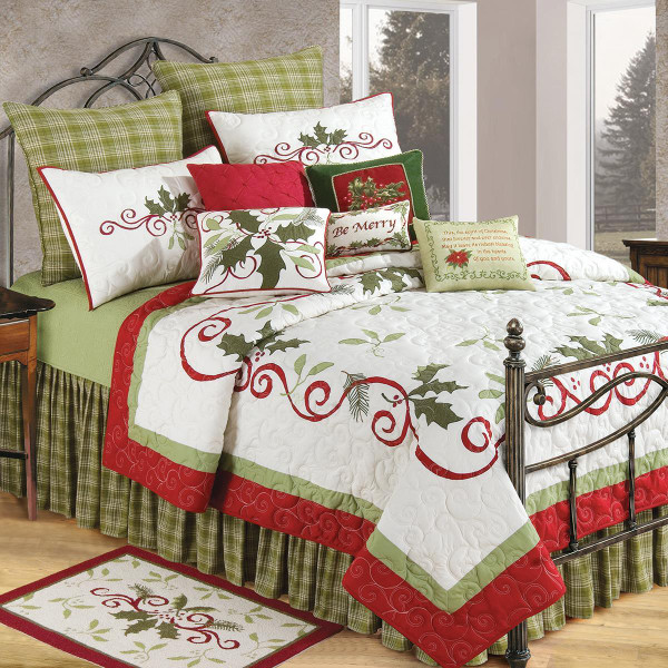 Holiday Garland Quilt Collection -
