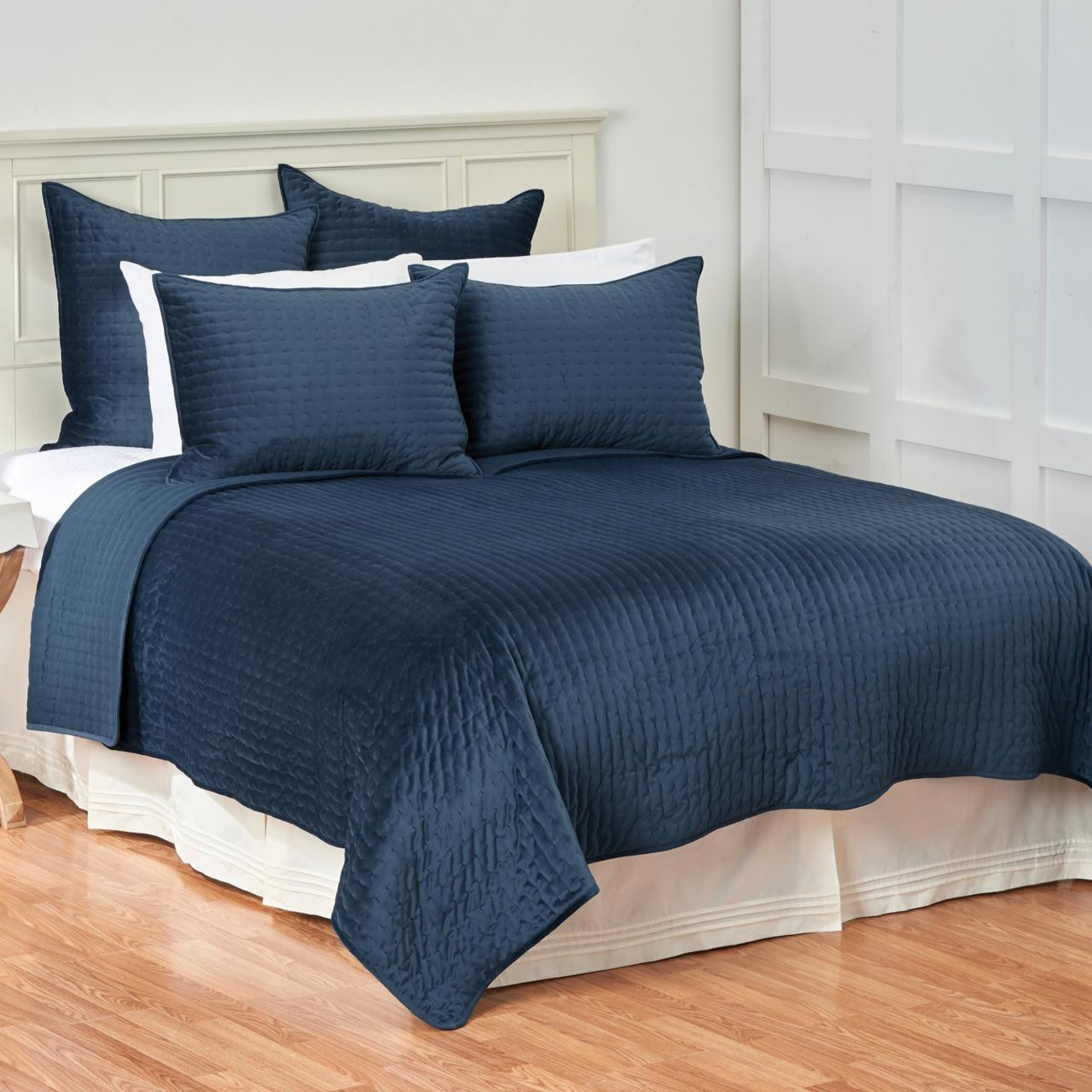 Lapis Bedding Collection -