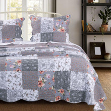 Giulia Quilt Collection -
