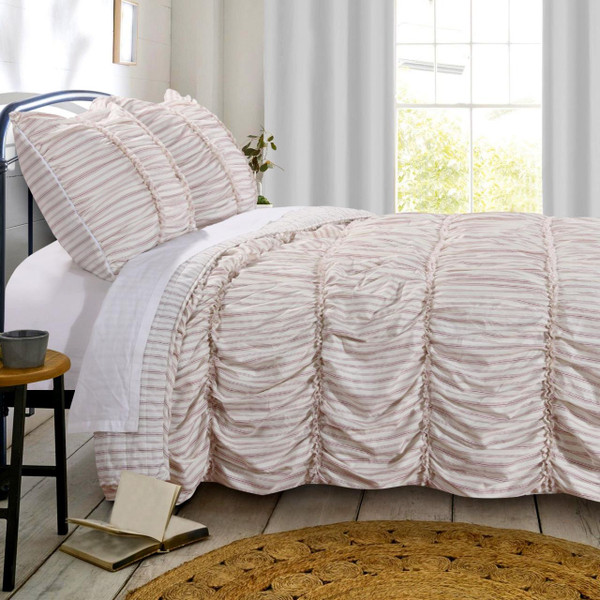 Farmhouse Chic Quilt Collection -