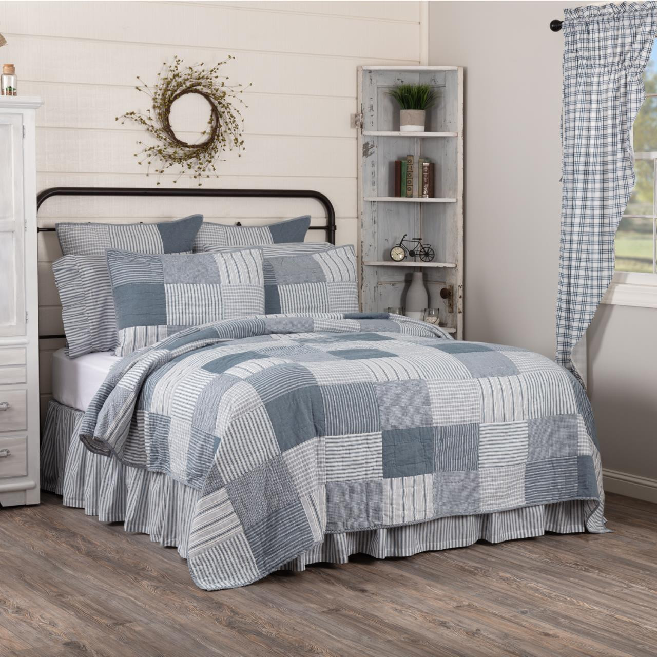 Sawyer Mill Blue Barn Quilt Collection -