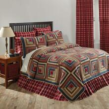 Braxton Quilt Collection -