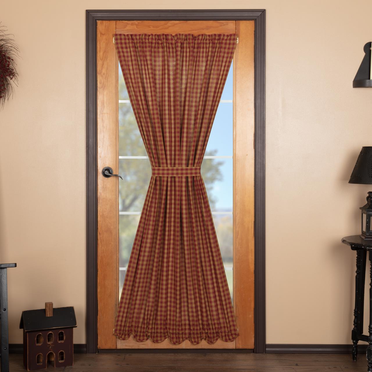 Burgundy Check Scalloped Door Panel - 840528179181