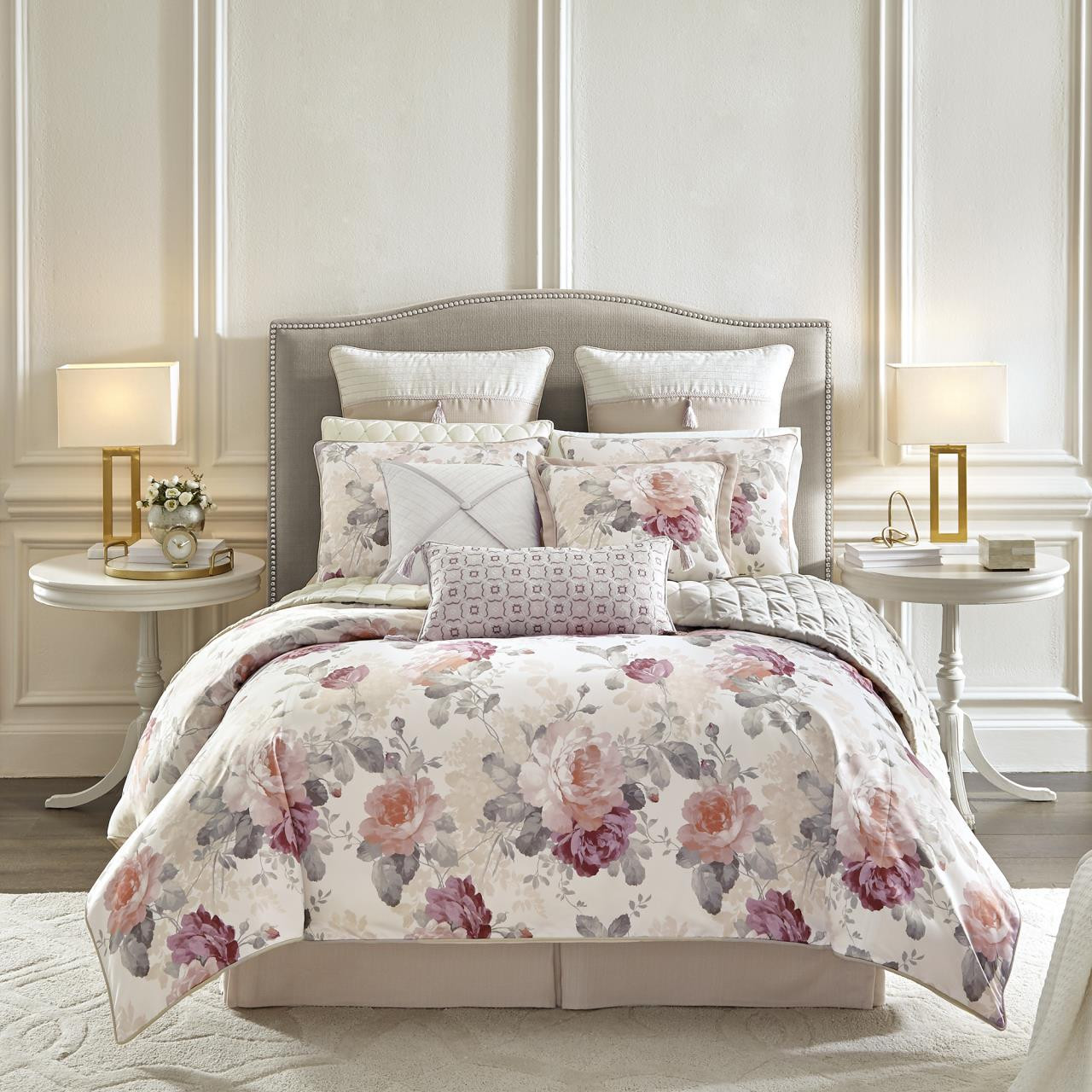 Bela Bedding Collection -