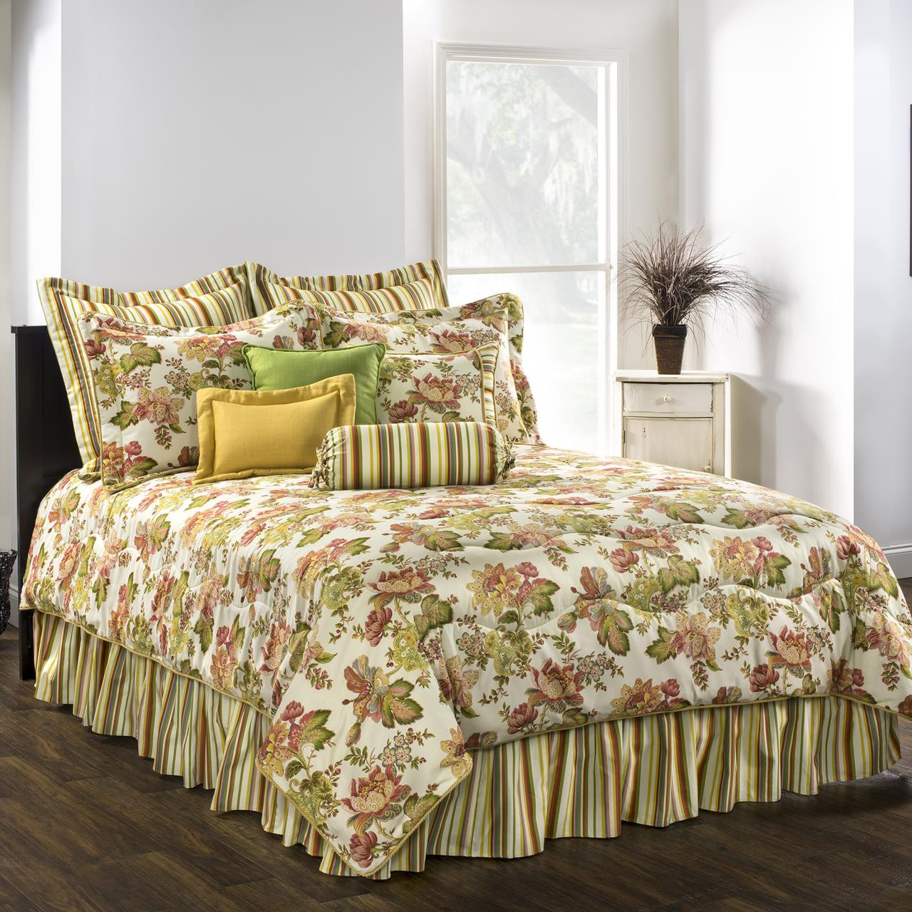 Luxuiarance Bedding Collection -