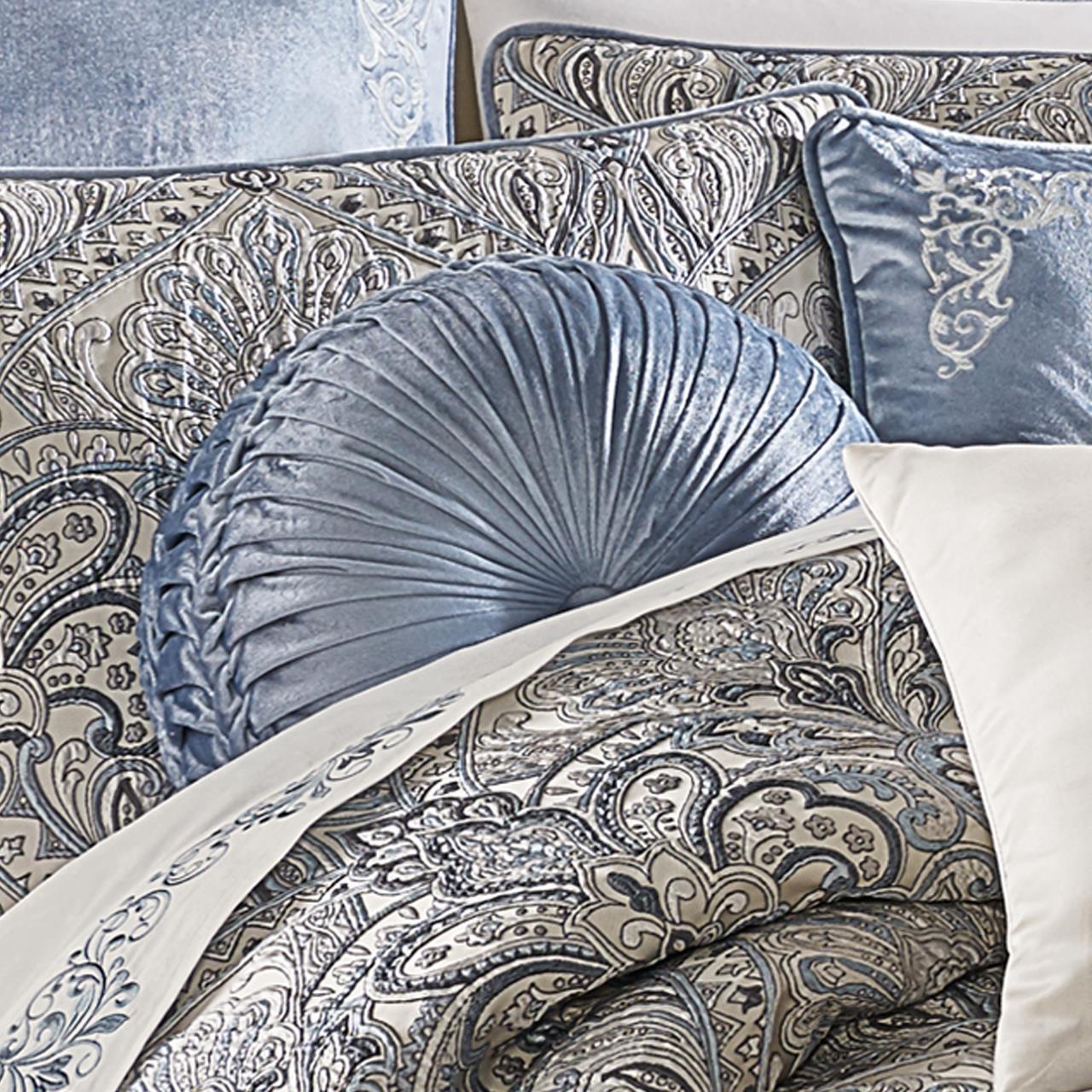 Alexis Powder Blue Tufted Round Pillow - 193842109625