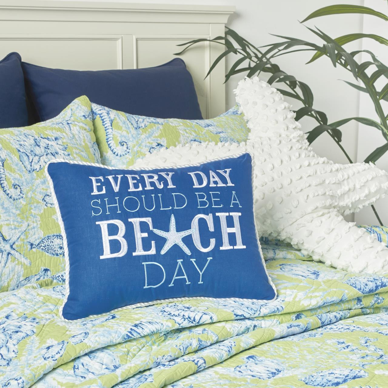 Fenwick Isle Green Quilt Collection -