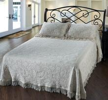 Queen Elizabeth Bedspread Collection -