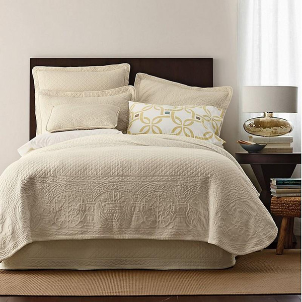 William And Mary Matelasse Bedspread & Coverlet Collection -