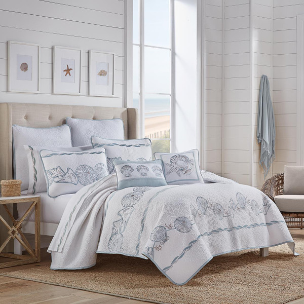 Water Front Blue Quilt Collection - http://images.salsif
