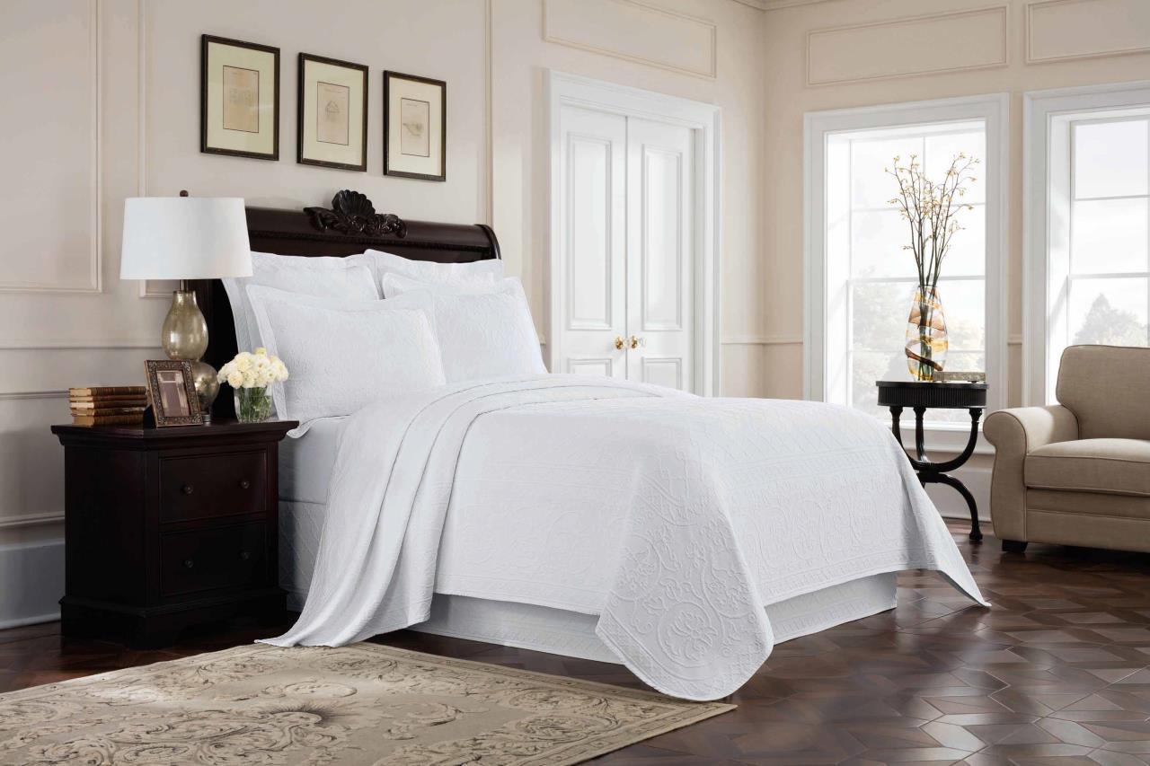 Richmond White Matelasse Bedding Collection -