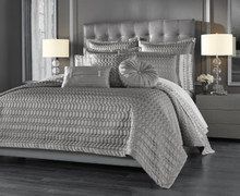Luxembourg Silver Quilt Collection -