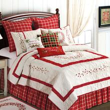 Berry Wreath Quilt Collection -