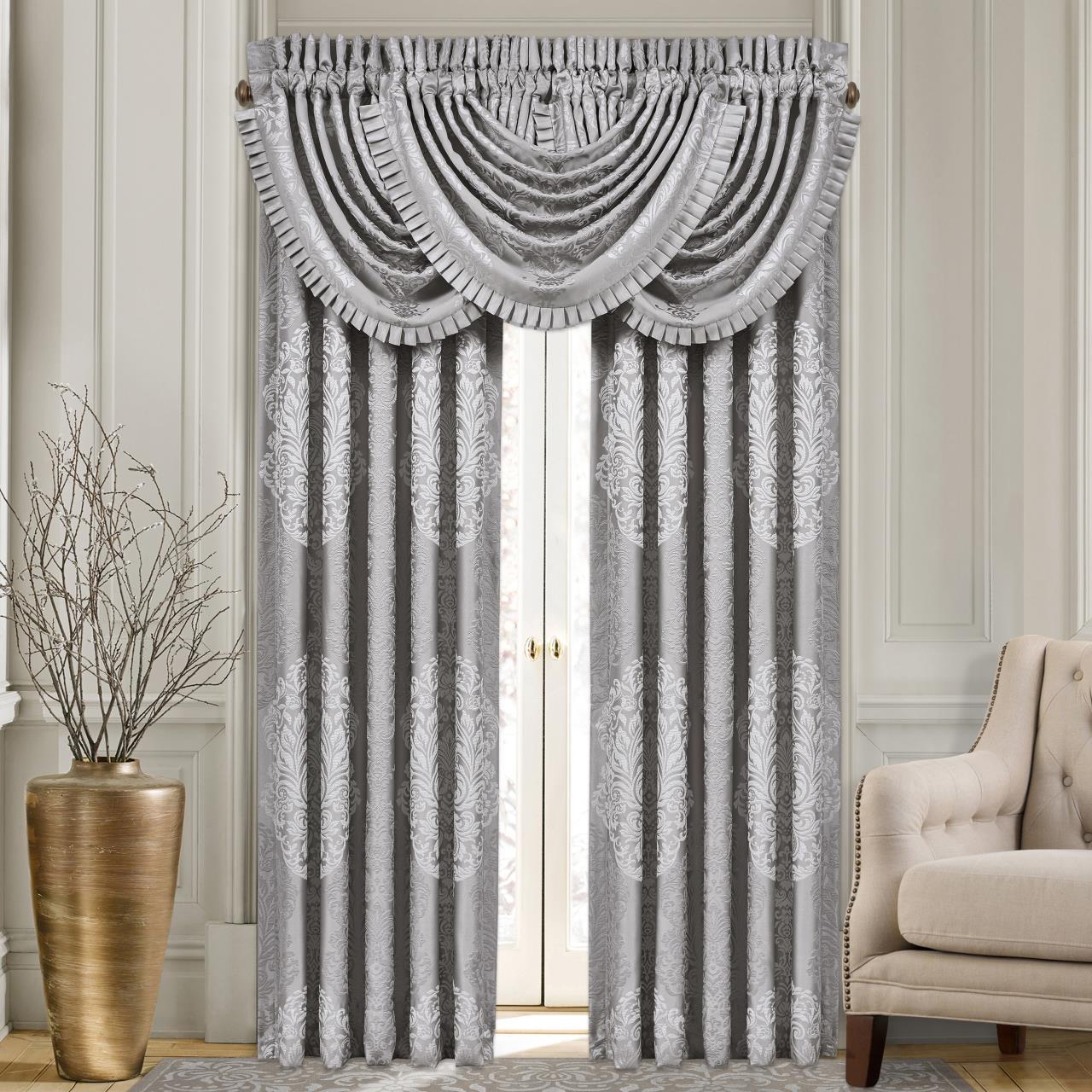 La Scala Silver Curtains2 - 846339085574
