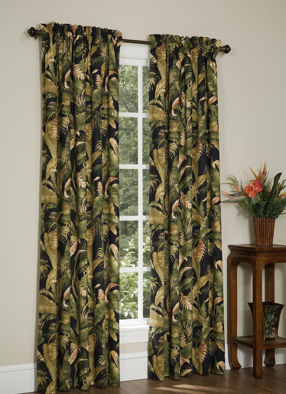 La Selva Black Curtain Collection -