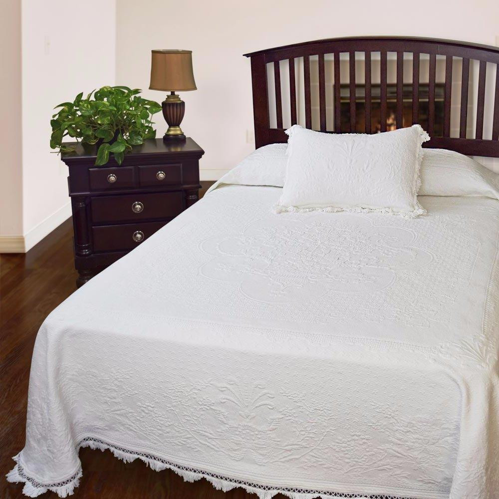 Abigail Adams Bedspread - 184195000233