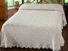Colonial Rose Bedspread - 184195005801