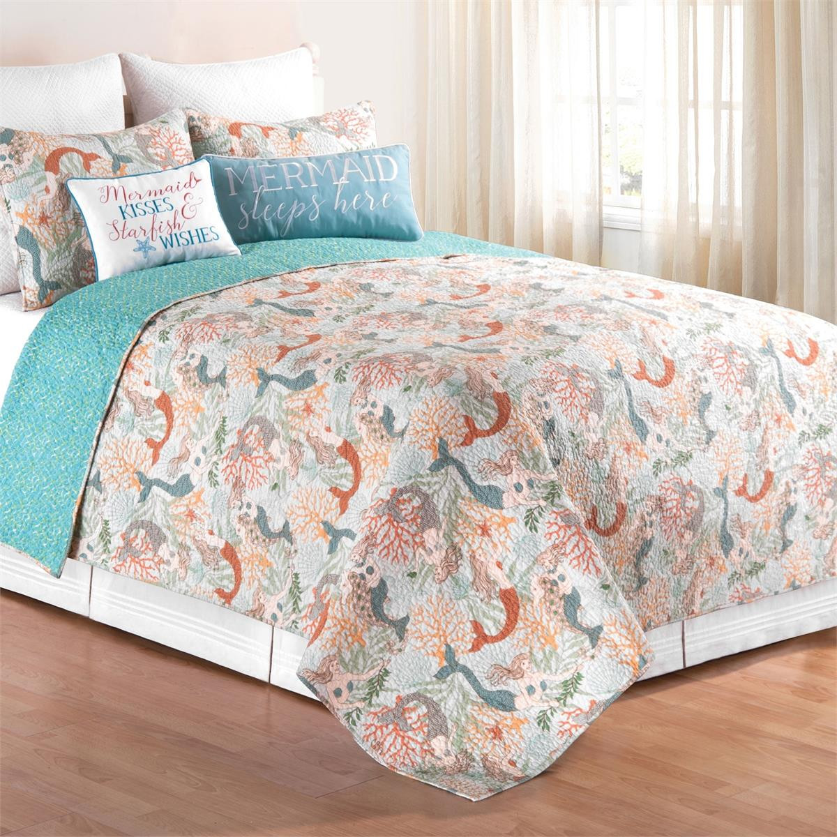 Dancing Waters Quilt Collection -
