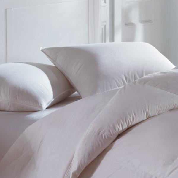 Cascada Summit 600 Fill Power White Goose Down Pillow -