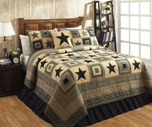 Colonial Star Black and Tan Quilt Collection -