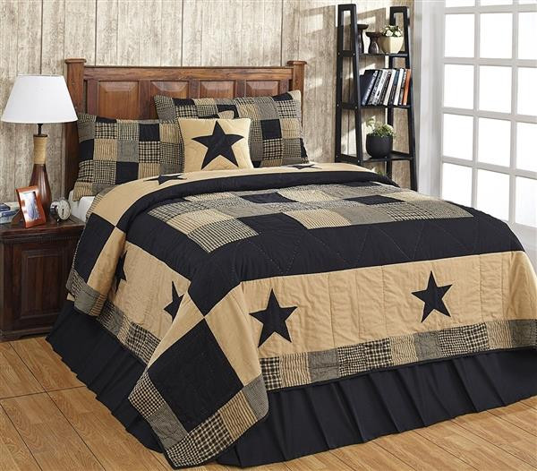 Jamestown Black and Tan Quilt Collection -