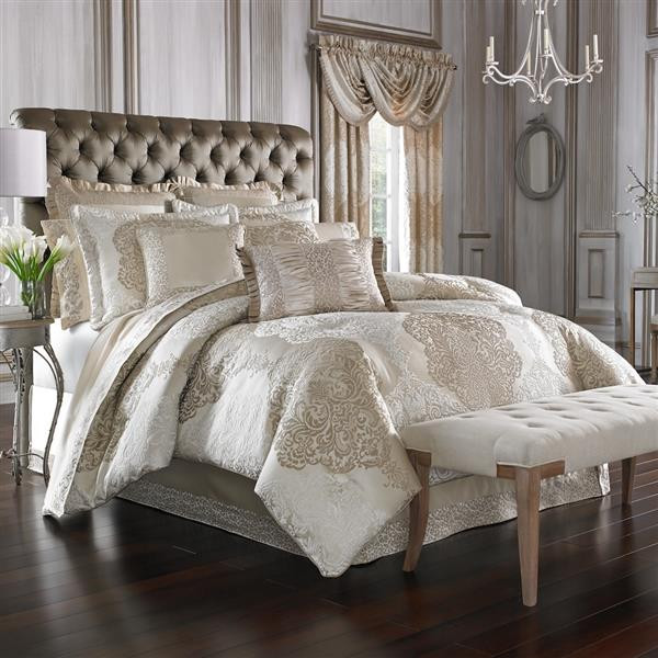 La Scala Gold Comforter Collection -