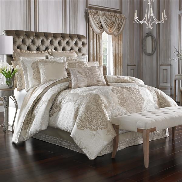 La Scala Gold Comforter Collection -