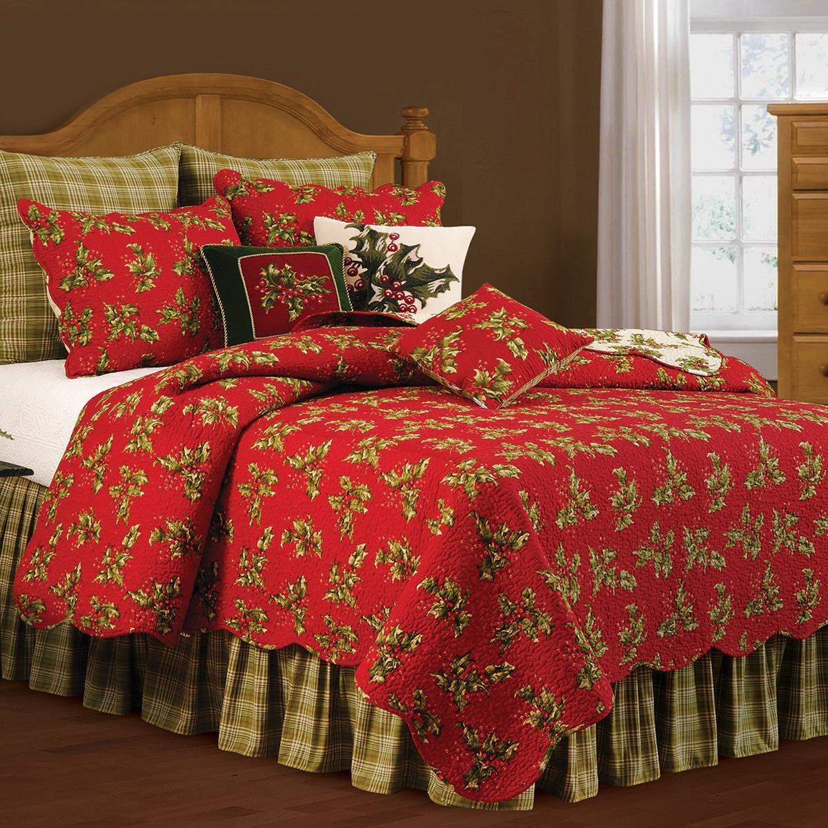 Holly Red Christmas Quilt Collection -