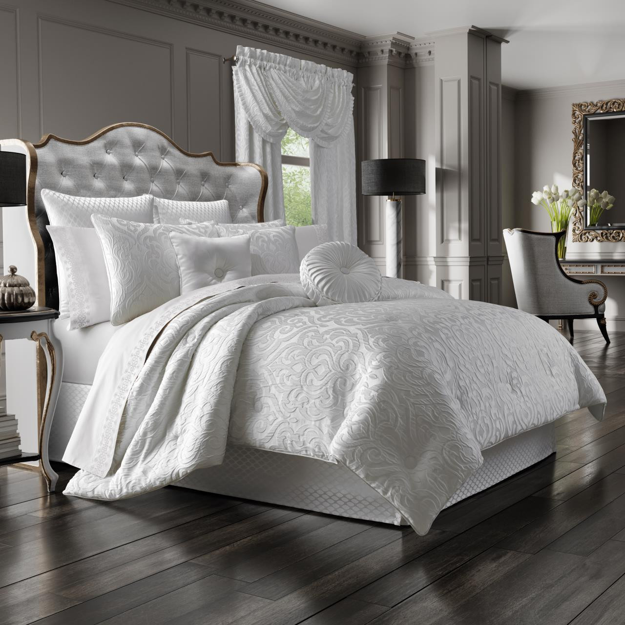 Astoria White Bedding Ensemble - 846339080418