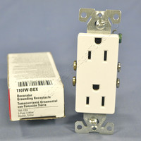 Cooper White Decorator Receptacle Duplex Outlet NEMA 5-15R 15A 125V 1107W Boxed